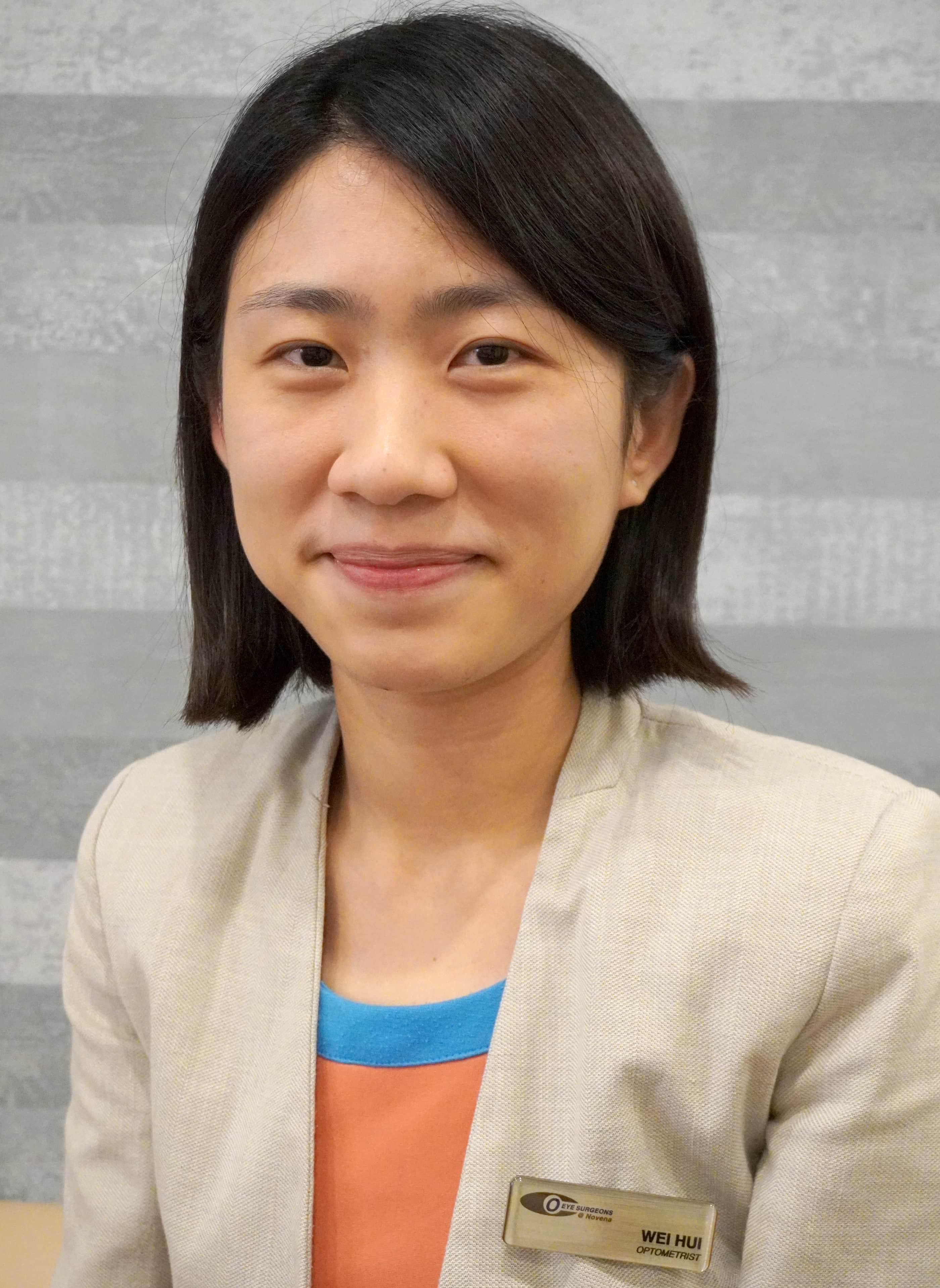 Wei Hui Optometrist at Ophthalmic Consultants